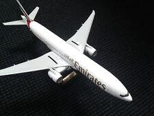 BOEING 777 300ER Emirates 1:150 47cm Supermodell Rarität mit Aufsteller