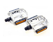 Wellgo M149 - Flat / Platform Mountain Bike Pedals - Silver