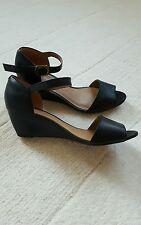 Clarks cushion soft black wedge shoes size 6