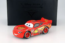 Lightning McQueen from Disney Film Cars with Display cabinet red/yellow 1:18