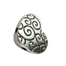 20 Tibetan Silver 2 holes heart spacer bead T11151