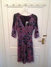 BNWT OASIS Black/Pink/Blue Paisley design Dress with 3/4 sleeves - Size 8