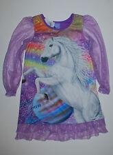 USA~Bella Sara~Nachthemd~122-128~Schlafanzug~Mädchen~Pferd~lila~Glitter~Kleid~Ne
