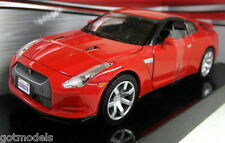 Motormax 1/24 Scale 73384 2008 Nissan Skyline GT-R Red Diecast model car