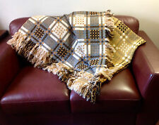Welsh wool blanket/bedcover queen size. Vintage, excellent condition.