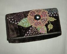 PRETTY EMBROIDERED VELVET WALLET / CLUTCH BAG - BY LINI
