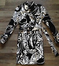 NEW! $2450 Gucci Runway Abstract Black & White Trench Coat [Size 42/6/Medium]