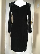 1980s/Early 1990s Black Velvet Dress - Long Sleeves - Square Shoulders - Size 10