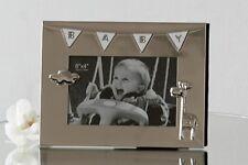 Moderner Bilderrahmen Fotorahmen BABY aus Metall für Bilder im Format 10x15 cm