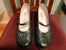 KUMFS Size 9 Black Women's Mary Jane Shoes
