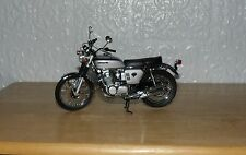 Superbly Detailed Minichamps 1.12 scale Honda CB 1968 750 Model Bike # 86 Silver