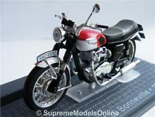 TRIUMPH T120 BONNEVILLE MOTORBIKE 1967 MODEL 1/24TH SCALE IXO BIKE TYPE Y065J^*^