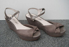 M&S Shoes Shoes Shoes Beige / Brown / Taupe Wedge Sandals Size 7.5