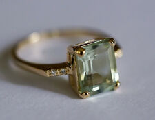 R226 - Lovely 9ct Yellow GOLD NATURAL Green Amethyst & Diamond Ring size M