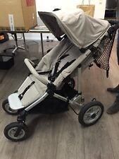 Kinderwagen Easywalker Quattro Plus // Farbe Sand