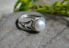 GENUINE MOTHER OF PEARL 925 STERLING SILVER RING SIZE 8 WITH GIFT BOX