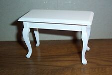 schöner Tisch in weiss - Miniatur 1:12 Puppenhaus