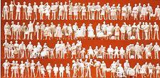 At The Train Station 120 unpainted figures Preiser 16352 HO Gauge 16,5 mm