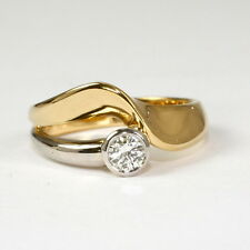 Interessanter Ring 750 Gelbgold/Weissgold mit Brillant 0,26 ct.