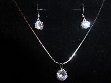 18 Carat White Gold Plated Crystal Necklace and Earring Set