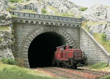 PREMIUM DUAL TRACK TUNNEL PORTAL WITH WINGS - HO SCALE by BUSCH