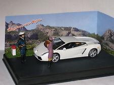 CODE 3 Diorama Lamborghini Gallardo in White Stopped for Speeding 1/43rd Scale