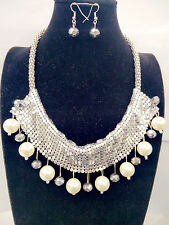 Women Statement Shining Sequin White Pearl & Bead  Necklace Lady Jewelry Popular