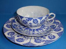 3tlg China Porzellan Tee Gedeck Tasse Untertasse Teller Weiß Blau dünn