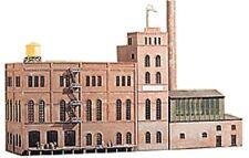 Spur H0 -- Bausatz Brauerei -- 807 NEU