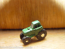 DOLL HOUSE SCALE GREEN 'HAND PAINTED' TOY TRACTOR !! BID NOW & DON'T MISS OUT