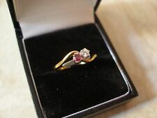 9 CARAT GOLD RUBY & DIAMOND SET 2 STONE CROSSOVER RING MADE IN ENGLAND BNIB
