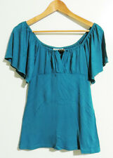 JADE SHORT SLEEVE TOP WITH WOODEN FEATURE BEADS. SIZE S.