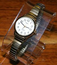 Timex (WR-30M) Indiglo Gold Toned Wrist Watch / Expanding Bracelet Strap! Unisex