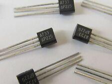10 Stück - 2SA733AP - NEC PNP Transistor 50V 0,1A 0,25W - TO92 2SA733