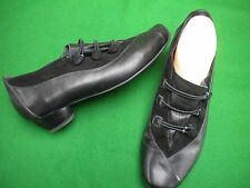 LADIES  KUMFS BLACK  LEATHER LOW HEEL SHOES SIZE 8 / 39W
