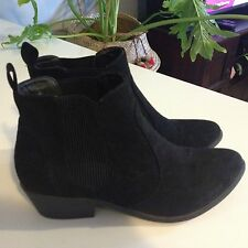 London Rebel Size 6 Black Suede Boots