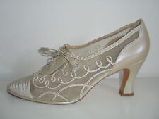 RUSSELL AND BROMLEY STUART WEITZMAN OYSTER/RAW SILK WEDDING/BRIDAL SHOES SIZE 6