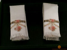 Reutter Hand Towels (2) Victorian Rose Design 1:12 Dolls House Miniature 1.766/4