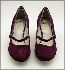 ZU WOMEN'S FASHION WEDGED HEELED SUEDE SHOES SIZE 8 NEW