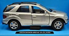 Mercedes-Benz M-Klasse silber Maßstab 1:32 von NewRay