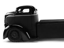 """""""JUST TRUCKS"""" 1947 Ford COE Table Top w/ Extra Wheels 1:24 Scale Diecast Model"""