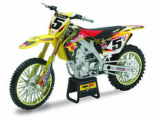 Suzuki RM-Z450 FIM 2010 Ryan Dungey #5 die-cast model 1:6