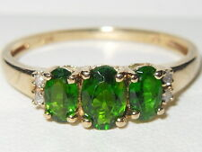 Beautiful 9ct yellow gold Chrome Diopside trilogy ring with Diamond accents