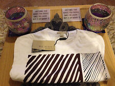 BURBERRY BRIT AUSTEN PRINTED T-SHIRT BNWT. SIZE: MEDIUM