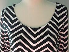 Ladies - Black & White Dress - New - Size 12