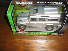 BY TEAMSTERZ - 4 x 4 LAND ROVER DEFENDER TRUCK -DIE-CAST - 1:43 SCALE MODEL - 3+