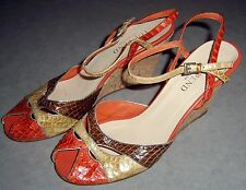 TOP END COLLECTION  WOMEN'S LEATHER WEDGE HEELED  SANDALS SZ 37