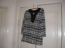 Ladies Top Size Small Design Self Esteem Colour,Black & White 3/4  Bust 98 cm