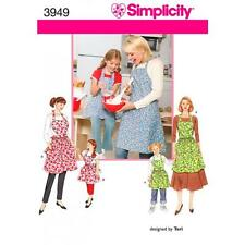 SIMPLICITY SEWING PATTERN CHILD'S AND MISSES' APRONS  3949