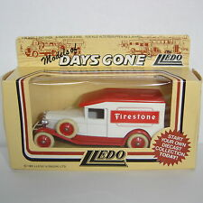 Lledo : Days Gone Model : 1936 Packard Van : FIRESTONE TYRES : DG18004a